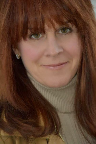 About Jeanie Coomber Podcaster, Interviewer, TV Show Host, Content Creator and Executive Coach